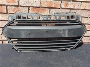 Hyundai Grand I10 main bumper grill
