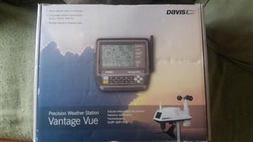 Davis Vantage Vue portable weather station