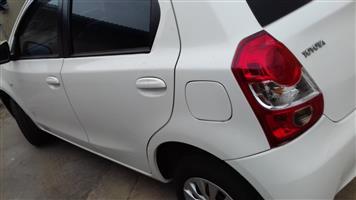 Toyota Etios hatch ETIOS 1.5 Xi 5Dr