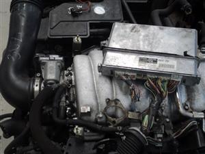 TOYOTA LEXUS 4.3 V8 ENGINE GEARBOX AND WIRING 3UZ R21000