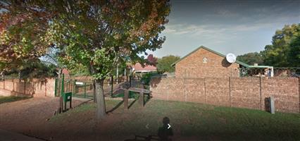 2 Bedroom Townhouse To Let in Rietvlei, Elarduspark