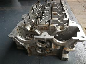 For sale bmw e90 320i cylinder head
