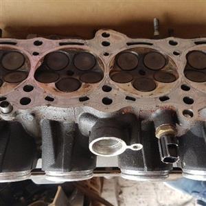 yamaha r1 2005 cylinder head