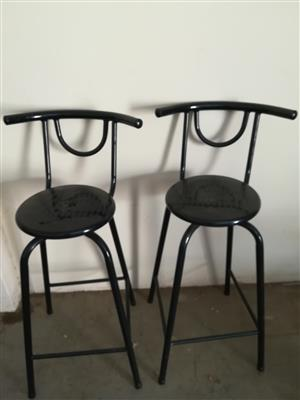 2x Bar chairs