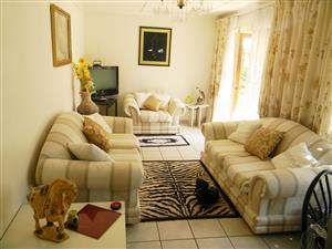 SANDTON garden cottage fully furnished and equipped