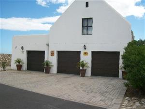 4 Bedroom House with Flat for Sale in Dwarskersbos