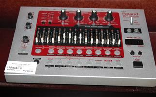 Roland groove effects with cables S031531A #Rosettenvillepawnshop