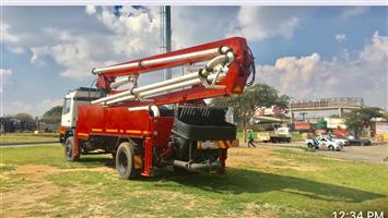 Mercedes Benz Concrete Pump Truck for sale