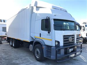 2010 Volkswagen Constellation 24.250 Lwb   with Steel Volume Box.