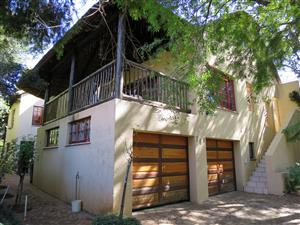 4 bedroom house with flat for sale