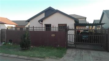 2 bedroom house to rent sosha vv
