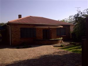 """Benoni, Western Extension House to let """"GOLDEN OLDIE"""" R6,300 pm"""