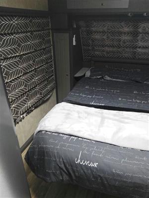 Jurgens 2016 Exclusive Caravan