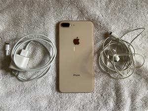 iPhone 8 Plus Gold 256 GB UNLOCKED Excellent Condition