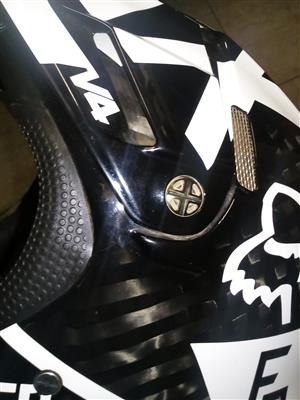 Fox V4 carbon fibre helmet