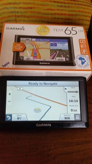 Garmin Nuvi 65 like new R1500