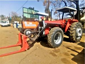 Massey Ferguson 290 with Front End Loader and Pallet Loader