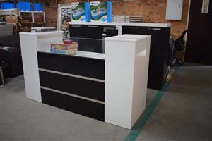 Black and white jewellery counter