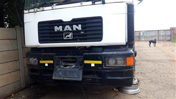 MAN F2000 ROLLING CAB CHASSIS