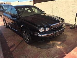 Jaguar x-type 3.0 V6 stripping for parts