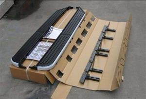 Land rover discovery 3 or 4 OEM Side steps / Running boards
