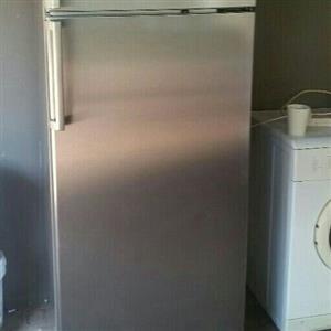 Bosh 420L Big standing fridge freezer