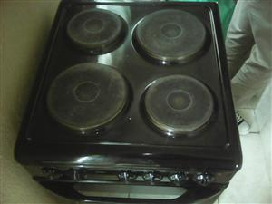 I am selling a Defy 4 PLATE STOVE