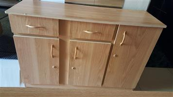 Base Unit 3 door with 2 drawers in Oak colour