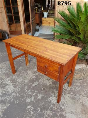 Pine Desk with 2 Drawers (1180x500x740)