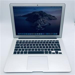Apple MacBook Air 13-inch 1.8GHz Dual-Core i5 (4GB RAM, 256GB SSD, Silver) - Pre Owned