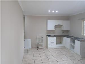 Newly renovated 2bedroom apartment available immediately in Primrose/ Barbara Rd