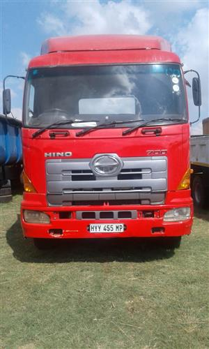Save big on Hino 700