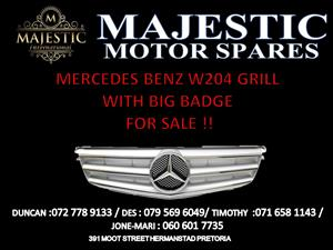 Mercedes Benz w204 grill and badge