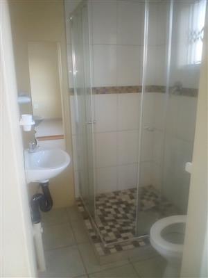 Bachelor room 2 rent ext 6 R2500 Atteridgeville