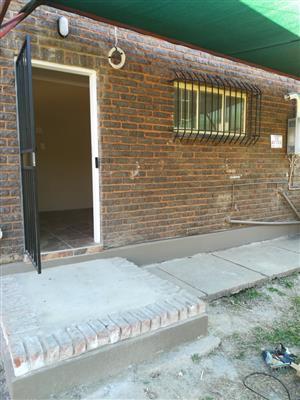 Pragtige bachelor te huur in Wolmer, Pretoria Noord