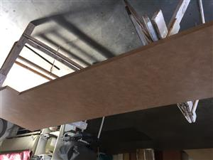 FORMICA LINED KITCHEN TOP