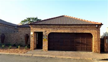 Secure 3 bedroom 2 bathroom Cluster available in Secure Complex in Northriding