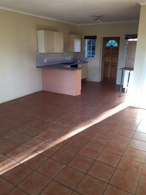 2 bedroom Pet Friendly House in Chartwell Country Estates