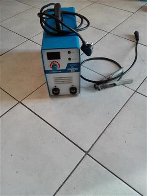 Tradeweld 200amp arc welding machine