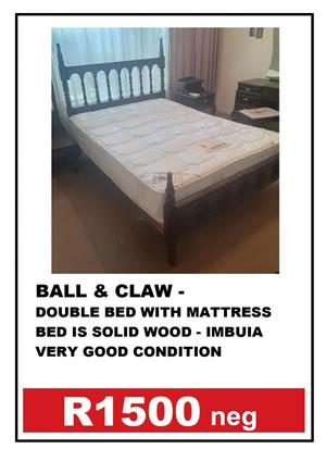BALL & CLAW DUBBLE BED + MATTRASS