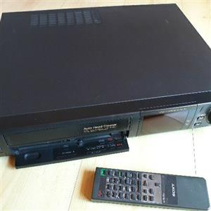 Classic Sony VCR - *NEEDS ATTENTION*