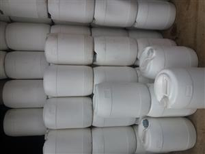 Plastic drums containers