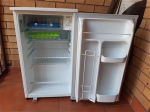 LG bar fridge  excellent clean condition