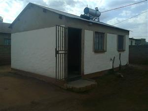 House for Rent in Kathlehong Kwenele