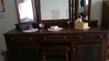 Imbuia dressing table