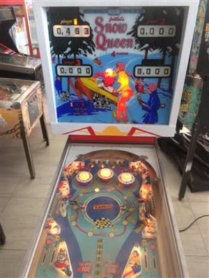 Snow Queen Pinball Machine 4 player by Gottlieb for Sale
