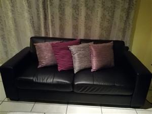 3 seater couch R3200