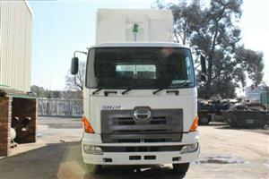 2010 Hino 700, 10Cube tipper truck for sale
