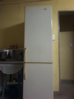 KIC fridge freezer
