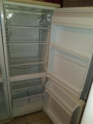 Kelvinator Fridge and Freezer